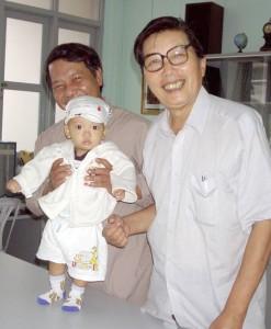 Cha Phung va Uy BVSS 2004
